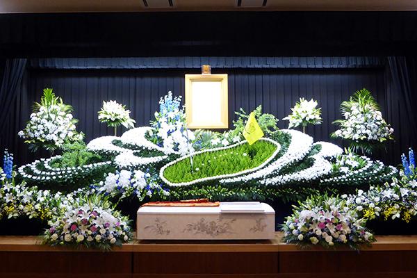 写真:オリジナル花祭壇