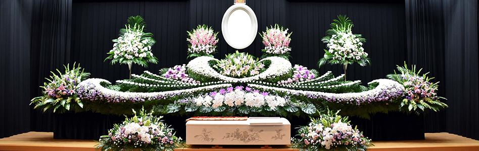 写真:生花祭壇