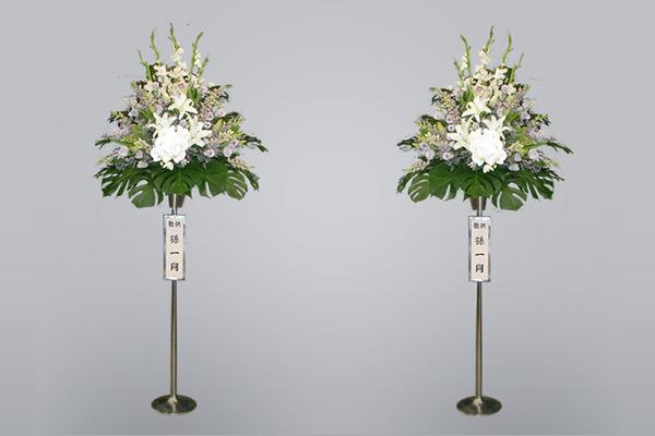 写真:ステージ用生花