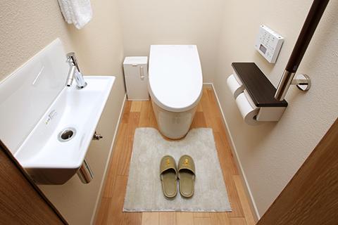 写真:トイレ(バリアフリー)