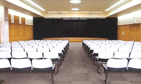 写真:あおやぎ古賀会館 2階 大セレモニーホール