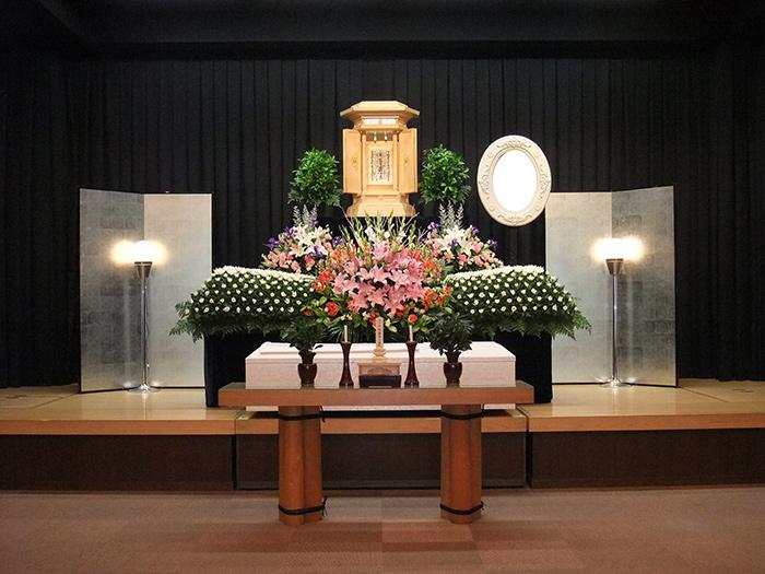 写真:樒祭壇1