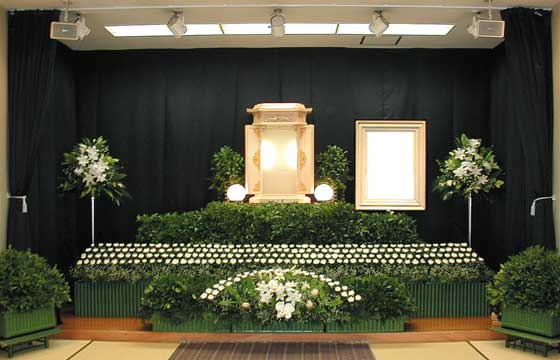 写真:樒祭壇2
