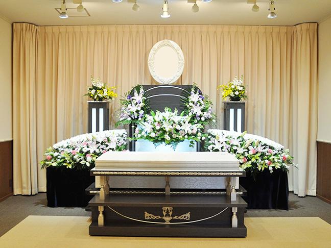 写真:生花祭壇2(家族葬)