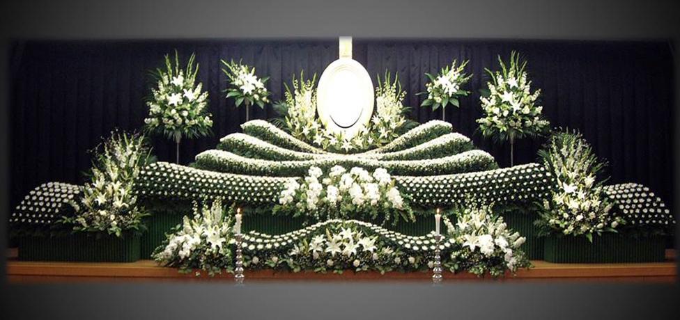 写真:生花祭壇13