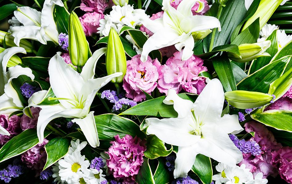 イメージ:生花のみの祭壇で技術的にも素晴らしく心に残る物でした