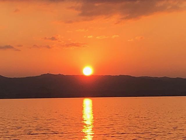 イメージ:陽はまた昇る