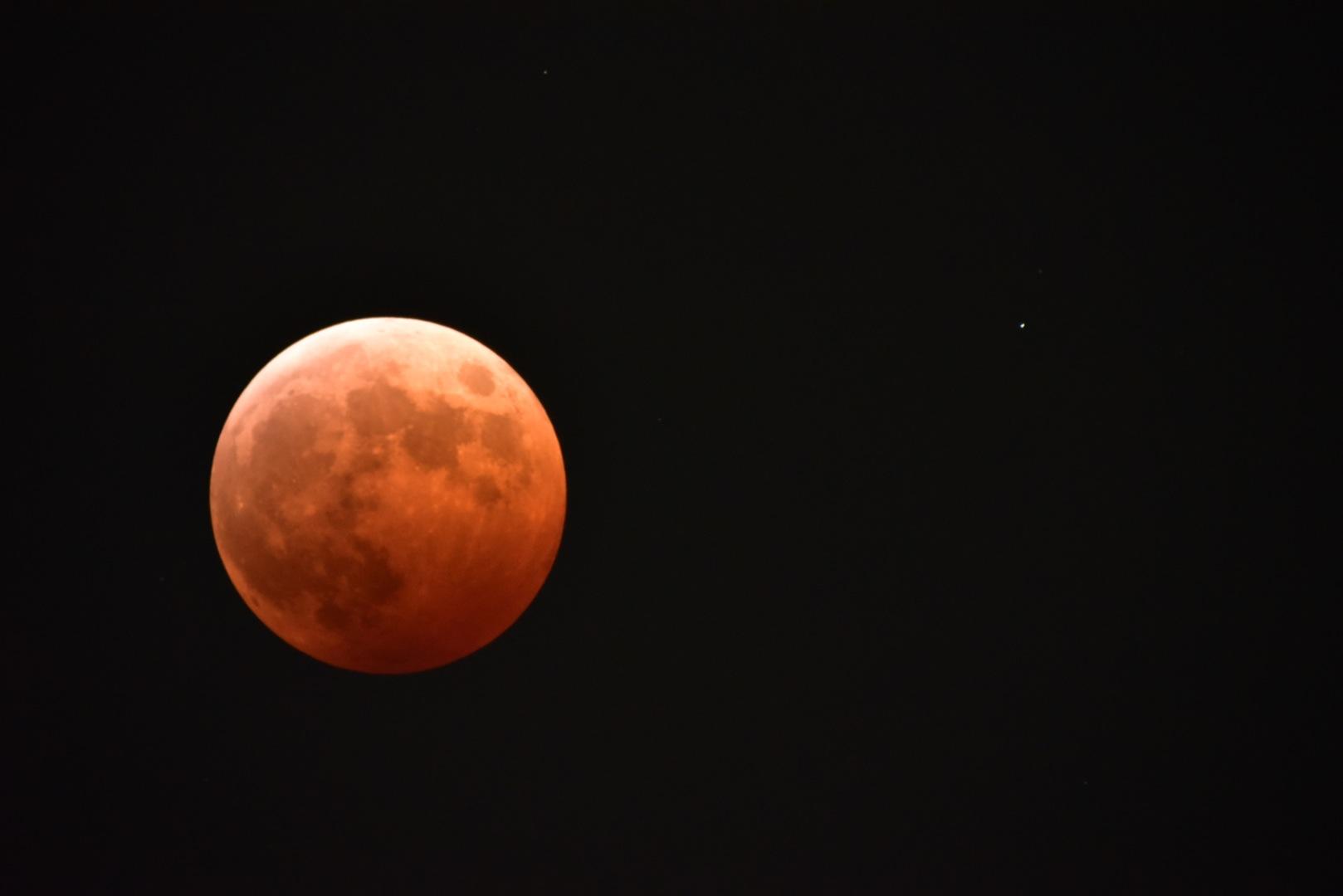 イメージ:皆既月食